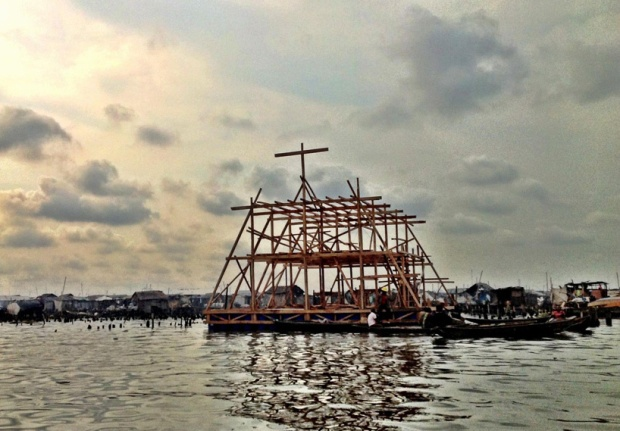 51405b51b3fc4b33b000004d_makoko-floating-school-nle-architects_makokoschool_07